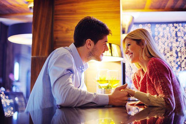 Amerykański mężczyzna randki francuska kobieta