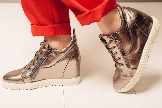 1dbd0c2d Modne sneakersy na koturnie. Sportowa elegancja w najlepszym wydaniu ...