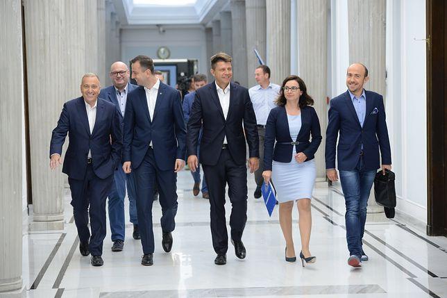 Znalezione obrazy dla zapytania wspólne zdjęcie polityków opozycji