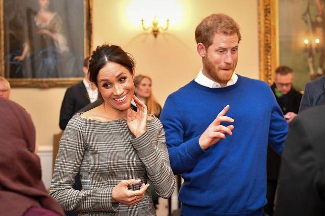 Królowa Wyraziła Formalną Zgodę Na ślub Harryego I Meghan Jej