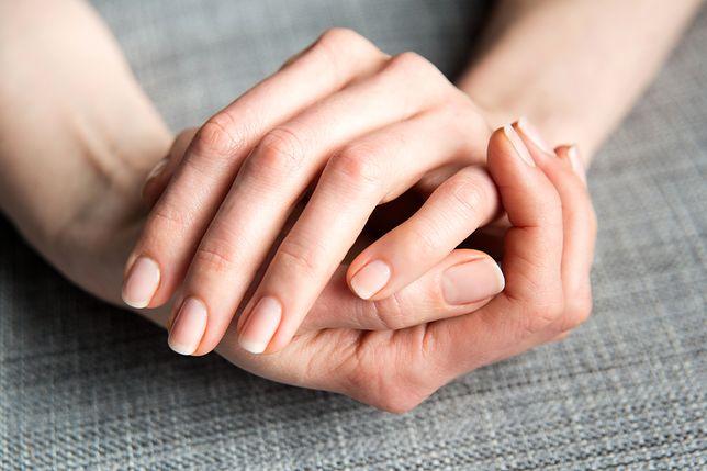 d8ef7245bd0daf Warto przyglądać się paznokciom, mogą wiele powiedzieć o naszym zdrowiu.