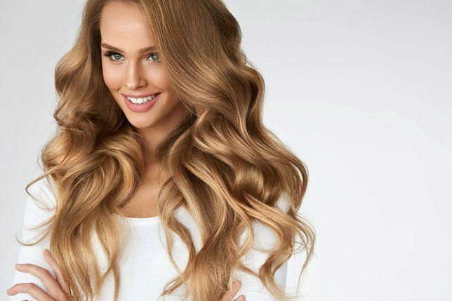 10 Modnych Fryzur Z Długich Włosów Luźne Upięcia Koki I
