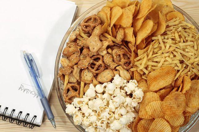Chipsy Paluszki Precle Orzeszki Popcorn Wp Kuchnia