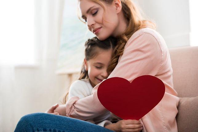 Dzień Matki 2019 Wyjątkowe Wierszyki Rymowanki I życzenia