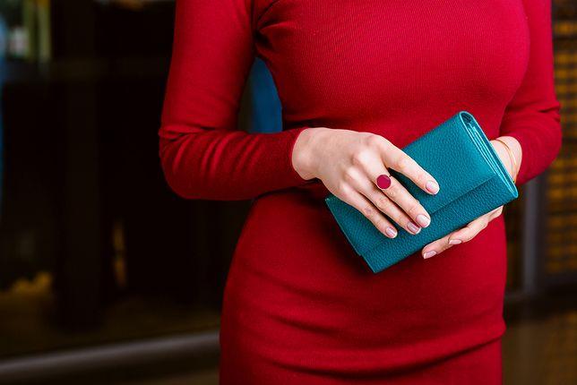 b34d87d292a8f Luksusowy portfel na prezent i nie tylko. Przegląd markowych modeli z  wyprzedaży
