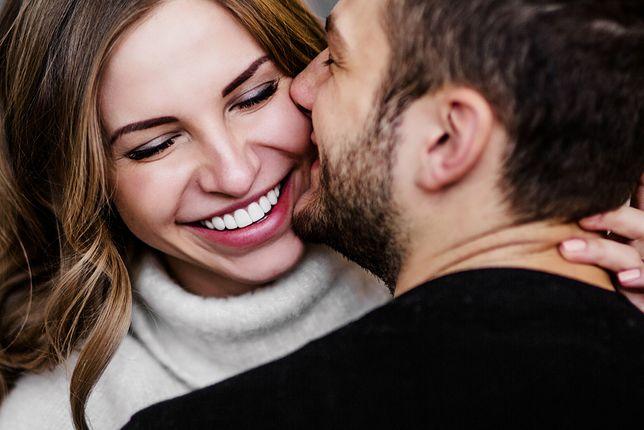 Walentynki 2019 Pomysły Na życzenia I Wiersze Dla Tej