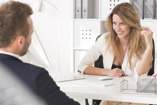 Znalezione obrazy dla zapytania romans w pracy