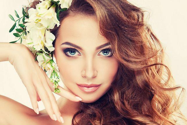 Fryzury ślubne Z Kwiatem Wp Kobieta