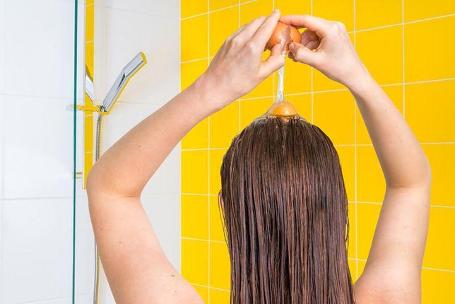 domowe sposoby wzmacniania włosów