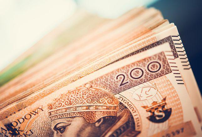 Zwrot pieniędzy czy voucher?