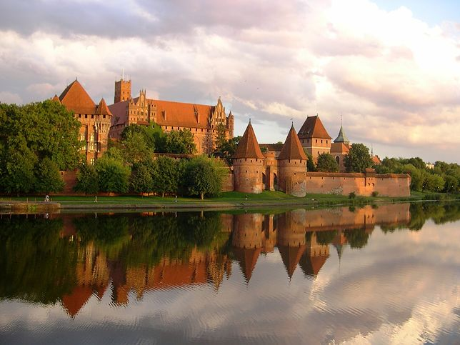 Znalezione obrazy dla zapytania Zamek w Malborku