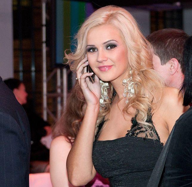 Angelika Jakubowska naked (68 foto) Paparazzi, Twitter, cleavage