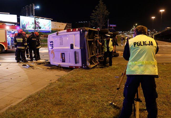 Na miejscu pracuje już sztab policjantów