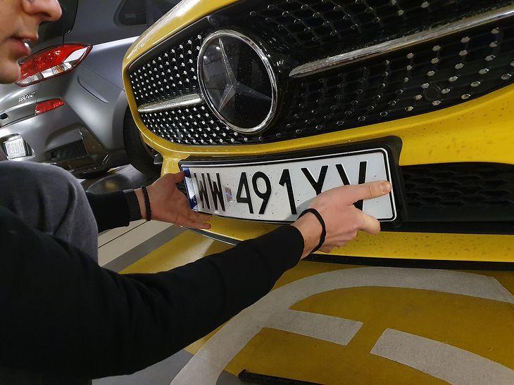 Rząd chce wydłużyć czas potrzebny na rejestrację auta
