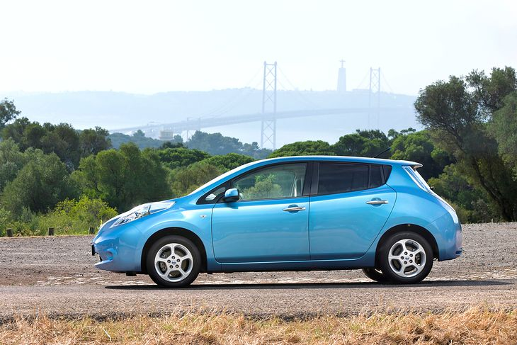 Akumulator do trzyletniego Nissana Leafa w polskim serwisie kosztuje blisko 100 tys. zł (fot. Nissan)