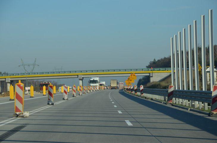 Po 2 pasy w każdym kierunku poprawią komfort podróży na budowanym odcinku autostrady A1.