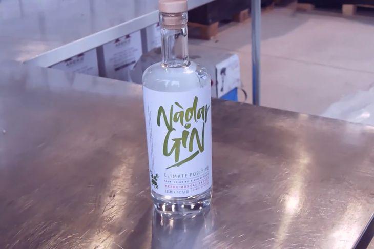 """Nadar Gin, czyli gin """"pozytywny dla klimatu""""."""