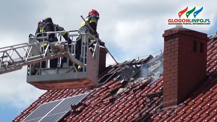 Pożar dachu z instalacją fotowoltaiczną