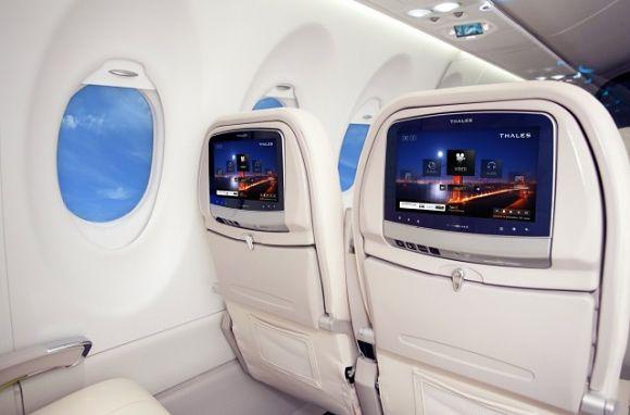 Thales TopSeries Avant na pokładzie Boeinga 787 | fot. Thales