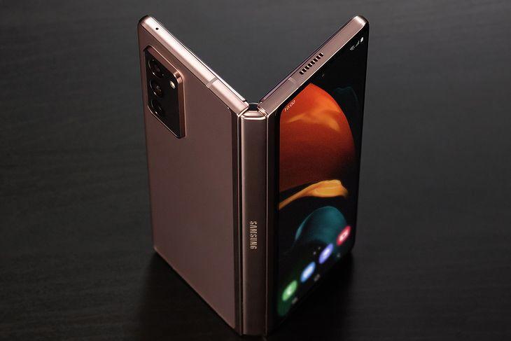 Następca Samsunga Galaxy Z Fold 2 może być dużo tańszy