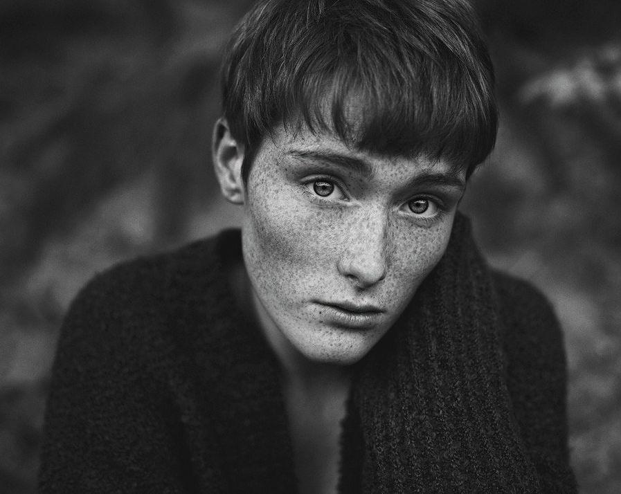 Claudia Wycis jest samoukiem. Jej inspiracjami są nie tylko fotografowie tacy, jak Sylwia Makris, Christian Martin Weiss, Hannes Caspar i Daria Endresen, ale też wszystko to, co ją otacza.