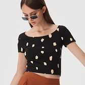Sinsay - Krótki t-shirt ze wzorem - Czarny