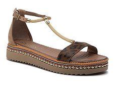 Sandały damskie Carinii bez wzorów z tworzywa sztucznego z klamrą boho