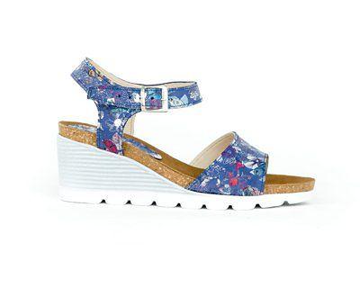 sandałki - skóra naturalna - model 346 - kolor niebieskie kwiaty