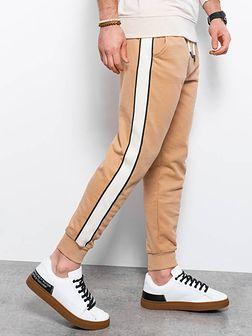 Spodnie męskie dresowe joggery P947 - jasnobrązowe