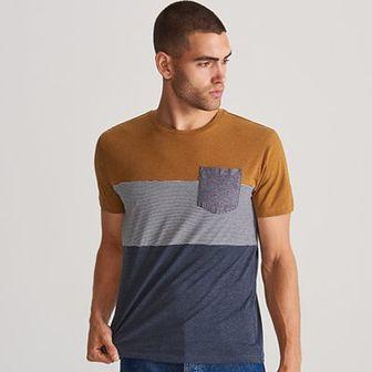 Reserved - T-shirt z kieszenią - Niebieski