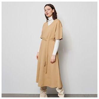 Reserved - Sukienka ze strukturalnej dzianiny - Beżowy
