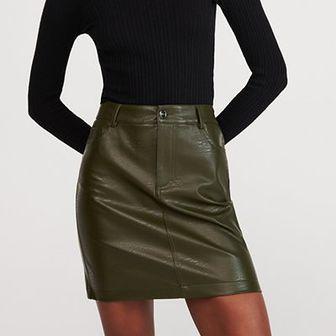 Reserved - Spódnica z imitacji skóry - Zielony