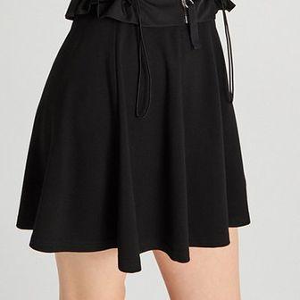 Plisowana mini spódnica
