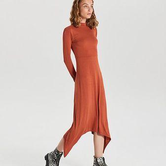 Asymetryczna sukienka midi