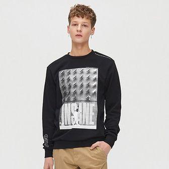 Bluza z napisem na plecach
