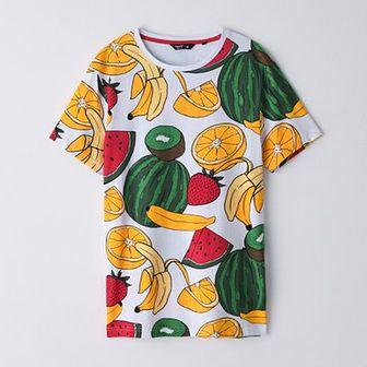 Koszulka z nadrukiem w owoce