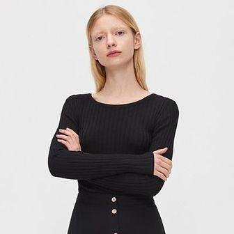 Sweter z ozdobnymi tasiemkami na plecach