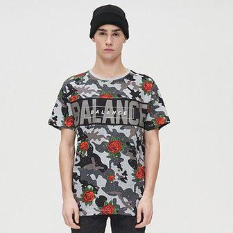 Koszulka camo z nadrukiem