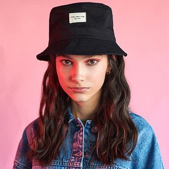 Sinsay - Bucket hat - Czarny