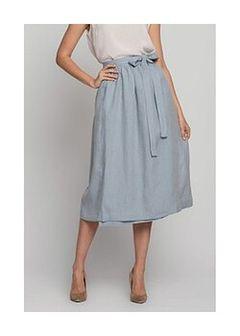 Lniana spódnica w kolorze jasnoniebieskim