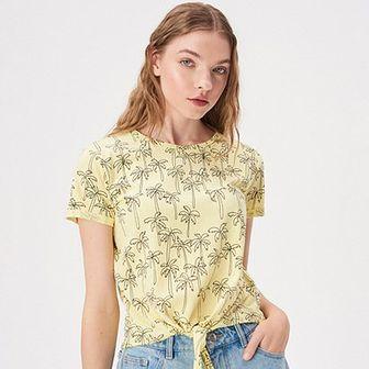 Bluzka damska Sinsay żółta z krótkim rękawem młodzieżowa w abstrakcyjnym wzorze