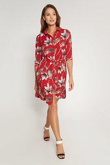 Czerwona koszulowa sukienka w duże kwiaty