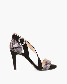 czarne sandały na szpilce z motywem 061 1222-CZ/CZER