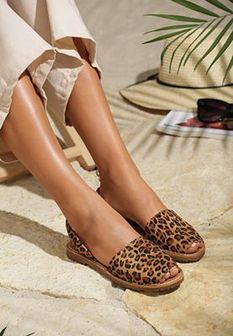 Panterkowe Sandały Aware