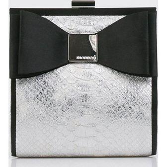 Kopertówka Monnari w stylu glamour z kokardką do ręki
