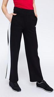 Spodnie dresowe damskie SPDD212 - głęboka czerń