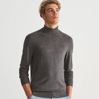 Reserved - Gładki sweter z golfem - Szary