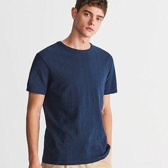 Reserved - T-shirt ze strukturalnej dzianiny - Granatowy