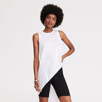 Reserved - Bluzka z asymetrycznym dołem - Biały