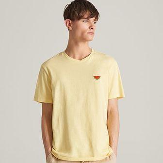 Reserved - T-shirt z minimalistycznym haftem - Żółty